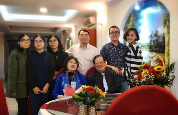 Bạn trai Thu Quỳnh có động thái bất ngờ khiến dân tình đặt nghi vấn cặp đôi chia tay?-5