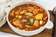 Gần Tết bận rộn, nấu nồi miến gà kiểu Hàn thì cả nhà có bữa ăn ngon lành lại nhanh gọn