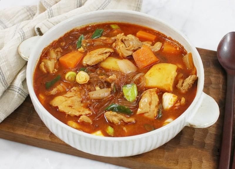 Gần Tết bận rộn, nấu nồi miến gà kiểu Hàn thì cả nhà có bữa ăn ngon lành lại nhanh gọn-5