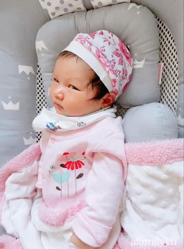 """Chồng suốt ngày khiến vợ ngứa mắt"""" khi mang bầu, con vừa ra đời đã có điệu lườm nguýt y chang mẹ, các bố xem mà rút kinh nghiệm-1"""