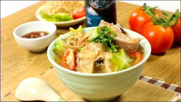 Lã Thanh Huyền hái khế vườn nhà nấu canh cá chua ngon xuất sắc, trước khi bắt đầu chuỗi ngày ăn ngập thịt hãy chiêu đãi gia đình món ăn này-10
