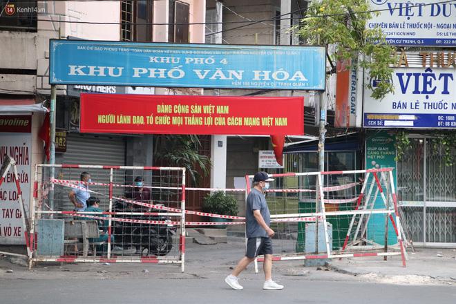 Phong tỏa khu Mả Lạng quận 1 vì ca mắc Covid-19 mới là nhân viên bốc xếp hàng hóa tại sân bay Tân Sơn Nhất-7