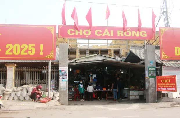 Quảng Ninh ghi nhận thêm 3 ca mắc Covid-19 mới, tạm dừng hoạt động vận tải khách liên tỉnh từ 6h ngày 8/2-1