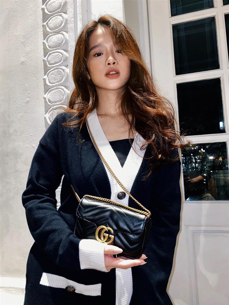19 tuổi, Linh Ka chi 200 triệu đồng/1 tháng sắm hàng hiệu-4