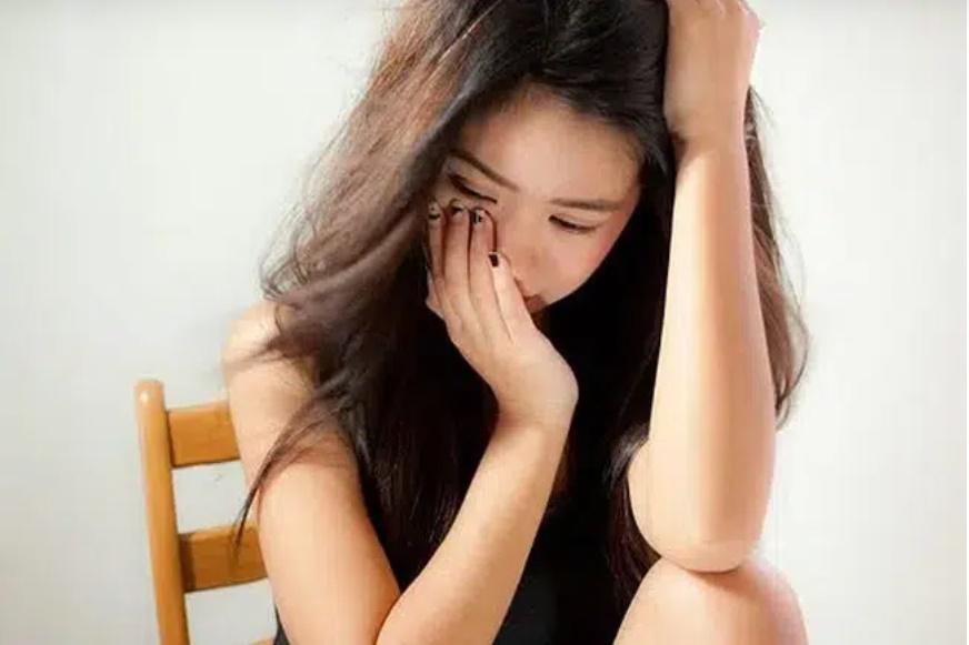 Phát hiện bạn trai sống như vợ chồng với tình cũ, cô gái kiên quyết chia tay sau màn đổ lỗi không đáng mặt đàn ông: Anh bị dụ dỗ..-2