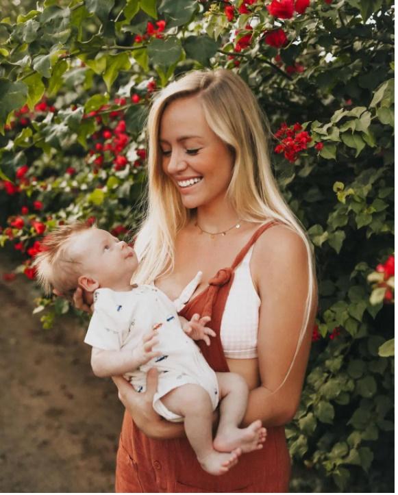 Bà mẹ sốc nặng khi lần đầu tiên gặp con, còn ê-kíp đỡ sinh thì kinh ngạc vì bác sĩ đã siêu âm sai-3