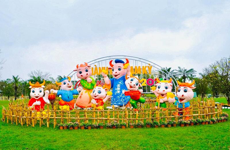 Tạo hình hoa Tết 2021 ở Quảng Nam bị chế giễu nhạy cảm đã được chỉnh sửa-1