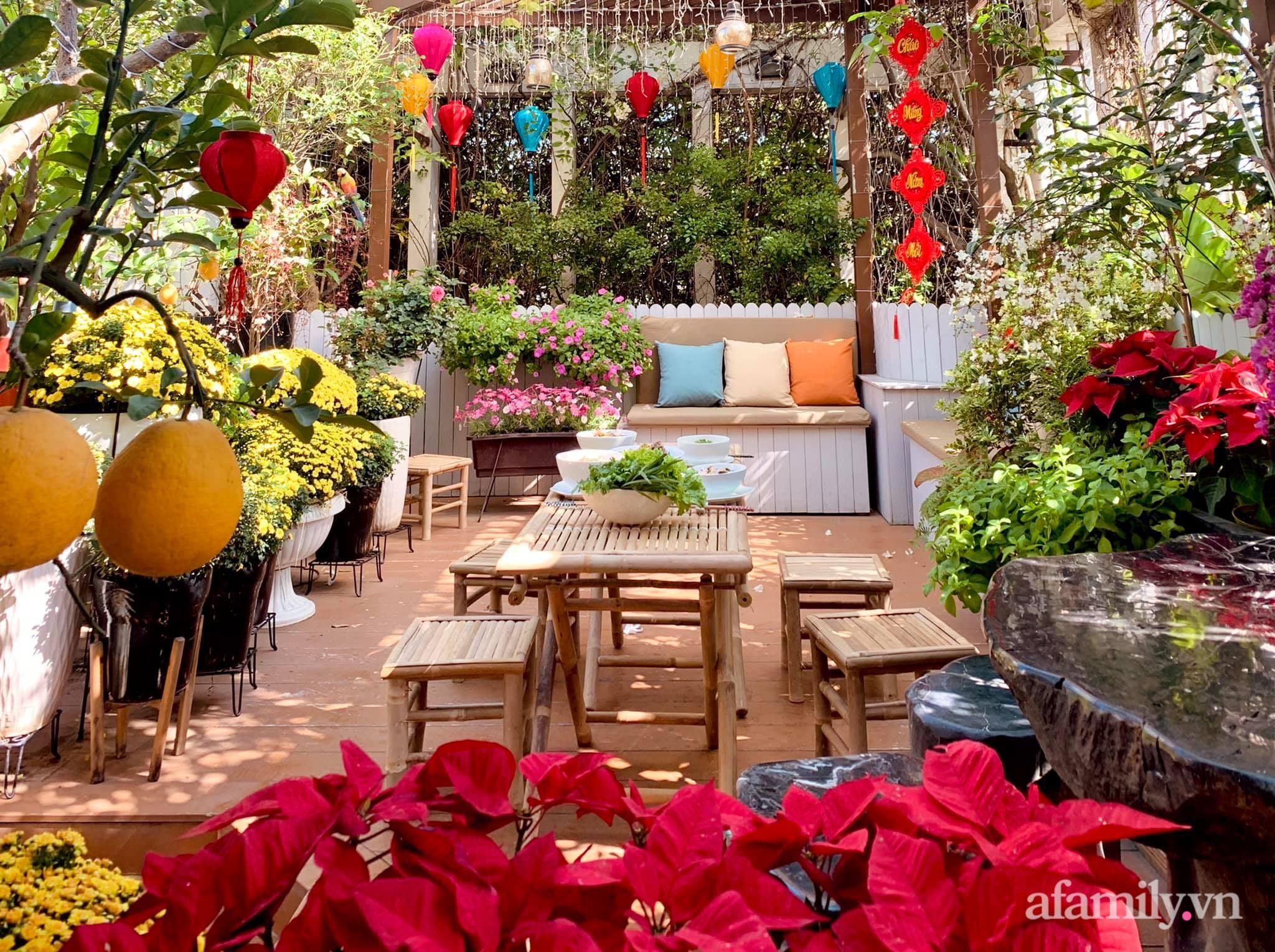 Mùng 1 đầu năm cùng ghé thăm sân thượng mang sắc màu Tết truyền thống của mẹ đảm ở Sài Gòn-1
