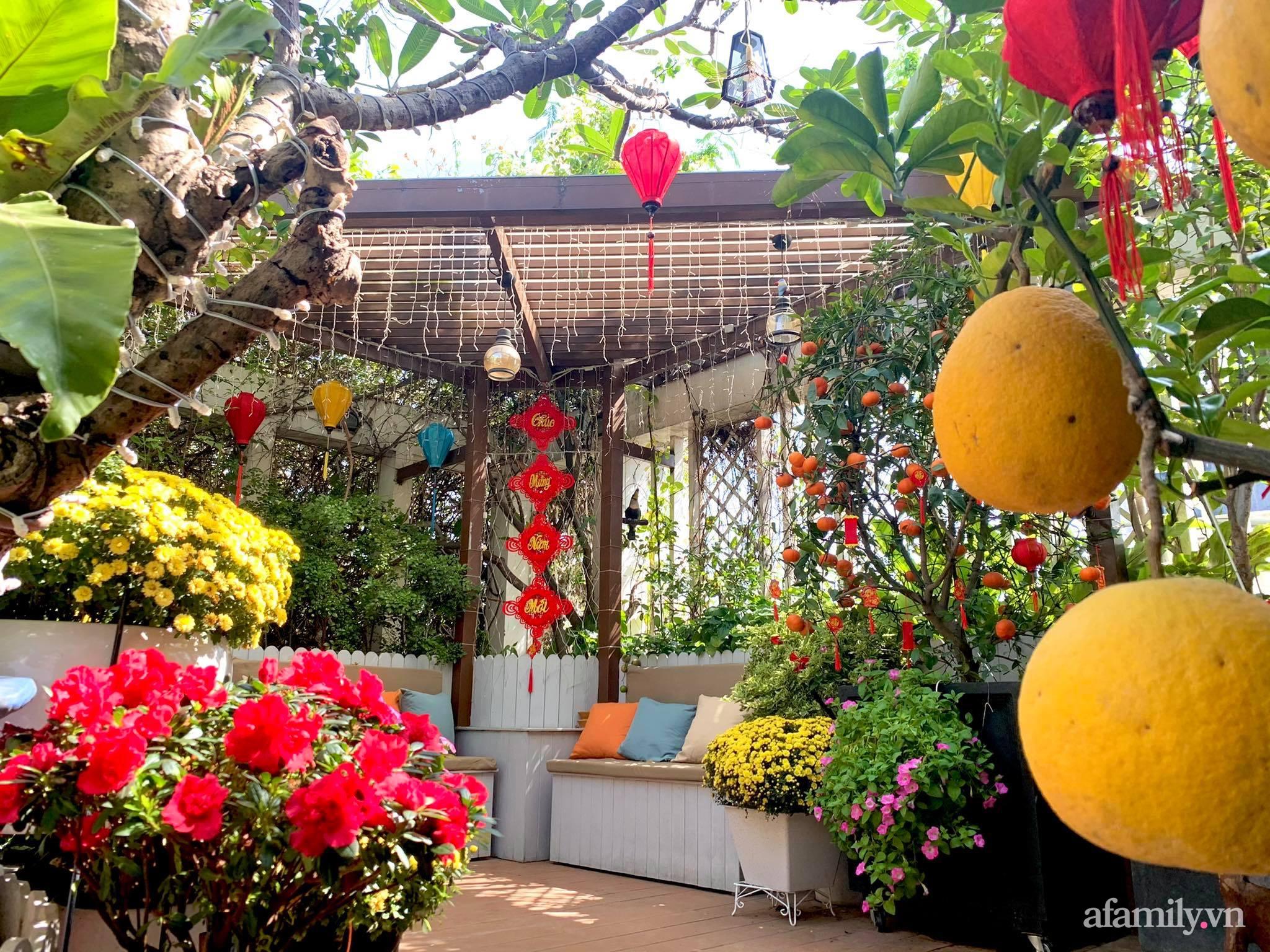 Mùng 1 đầu năm cùng ghé thăm sân thượng mang sắc màu Tết truyền thống của mẹ đảm ở Sài Gòn-2