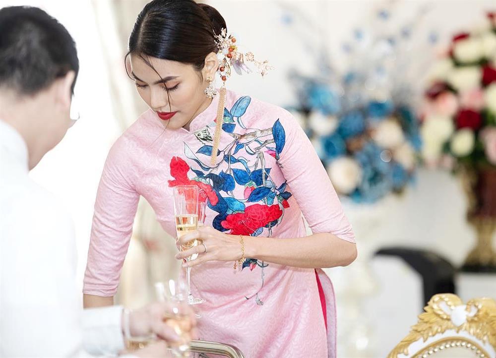 5 kiểu tóc sao Việt để khi diện áo dài: Đều rất xinh và sang, lên hình sống ảo lại càng lung linh-3