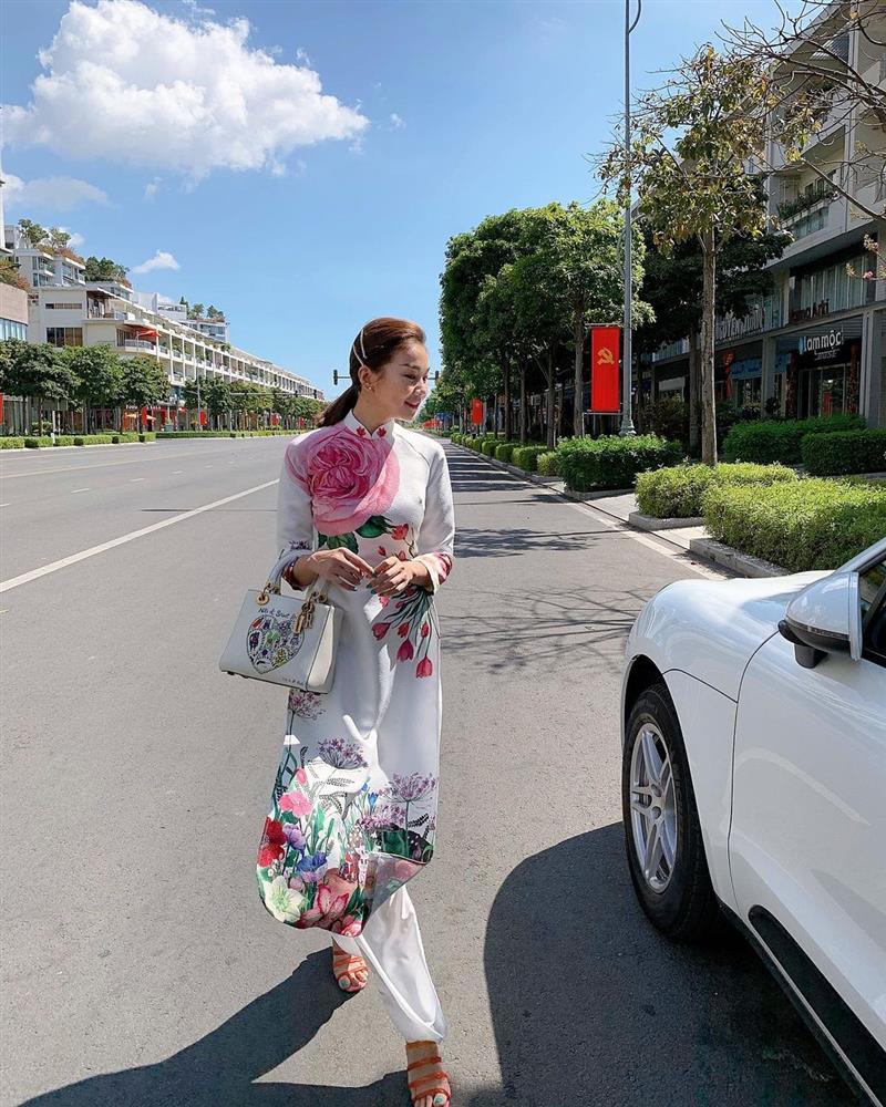 5 kiểu tóc sao Việt để khi diện áo dài: Đều rất xinh và sang, lên hình sống ảo lại càng lung linh-4