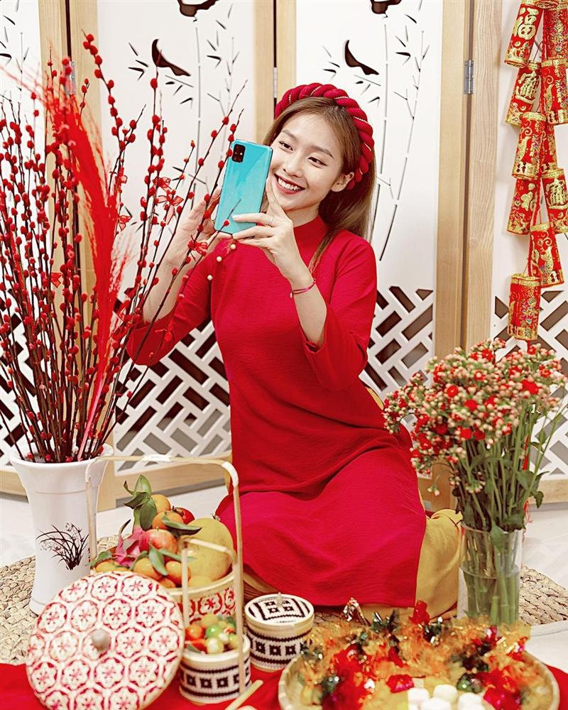 5 kiểu tóc sao Việt để khi diện áo dài: Đều rất xinh và sang, lên hình sống ảo lại càng lung linh-5