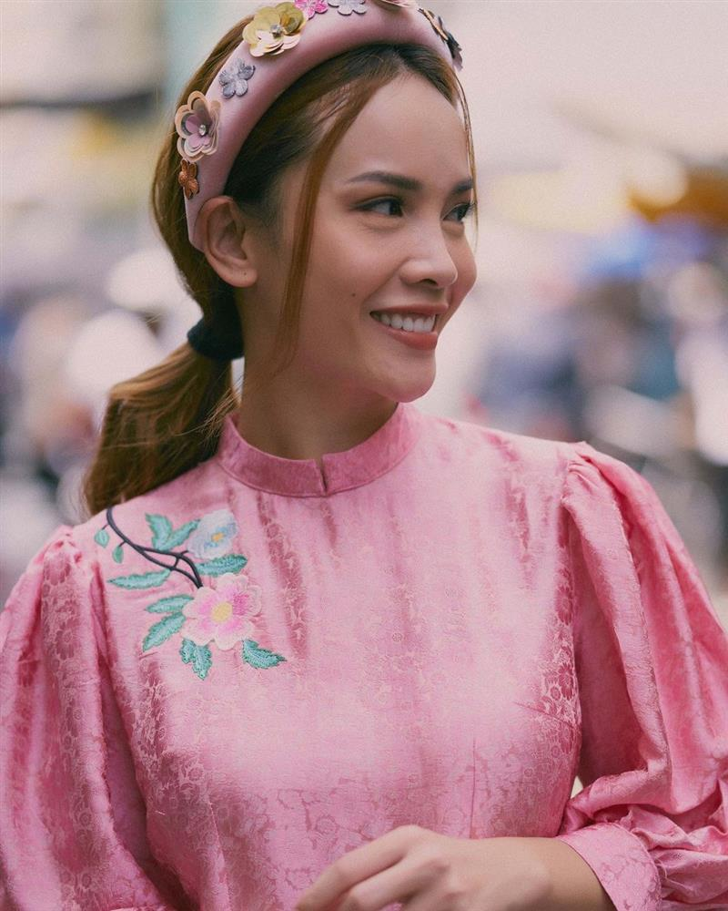 5 kiểu tóc sao Việt để khi diện áo dài: Đều rất xinh và sang, lên hình sống ảo lại càng lung linh-6