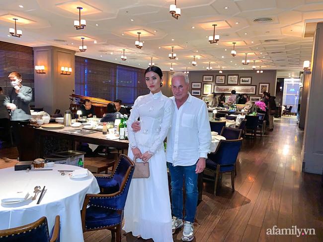 Chuyện gái Việt 26 tuổi yêu tỷ phú Mỹ 72 tuổi: Những ấn tượng khi ăn Tết tại Việt Nam và kỷ niệm đỏ mặt trong đêm Giao Thừa khiến ngài tỷ phú ám ảnh cả đời-4
