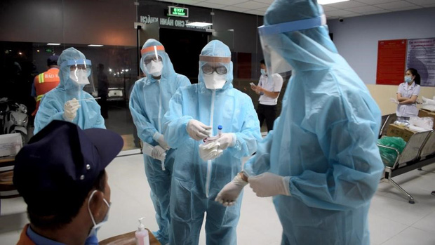 Thêm 2 mẹ con nghi nhiễm Covid-19 tại TP.HCM liên quan đến sân bay Tân Sơn Nhất-1
