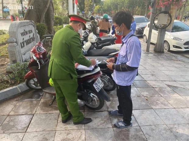 Hà Nội: Mới mùng 2 Tết Nguyên đán, nhiều người dân đã bị chặt chém tiền gửi xe-2