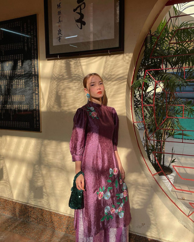 Sao Việt mặc gì đi lễ chùa đầu năm: Lệ Quyên, Angela Phương Trinh nền nã với áo dài, Sun Ht và Chi Pu lại gây tranh cãi-5