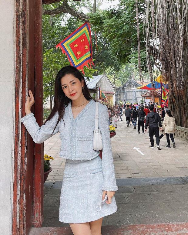 Sao Việt mặc gì đi lễ chùa đầu năm: Lệ Quyên, Angela Phương Trinh nền nã với áo dài, Sun Ht và Chi Pu lại gây tranh cãi-13