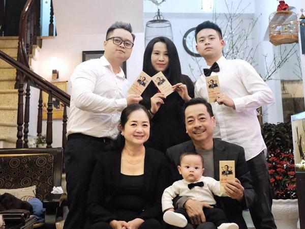 Nhìn lại cuộc đời cố NSND Hoàng Dũng: Ông trùm trong làng điện ảnh Việt, nhưng khi ở nhà lại tất bật giúp đỡ vợ con-2