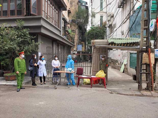 Hà Nội: Phong tỏa nơi ở của ca dương tính SARS-CoV-2 mới tại quận Ba Đình-1