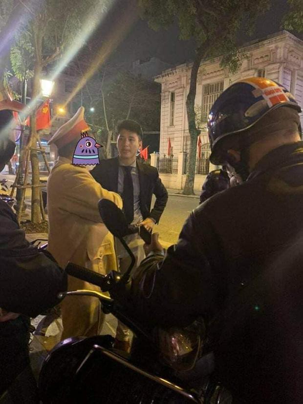 Biến căng giữa đêm: Huỳnh Anh bị tố mở cửa ô tô gây tai nạn nhưng lật mặt chối bồi thường, có cả clip và tin nhắn bằng chứng-2