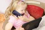 Con ghét đọc, nhà nhiều sách cũng vô ích: Bố mẹ áp dụng ngay những cách sau, bé tự dưng thích đọc sách mà không cần phải ép-4