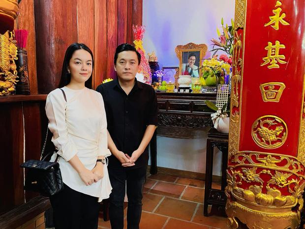 Lâm Vỹ Dạ, Phạm Quỳnh Anh và dàn sao tụ họp tại đền thờ tổ 100 tỷ đồng của NS Hoài Linh, chia sẻ gây xúc động về cố NS Chí Tài-1