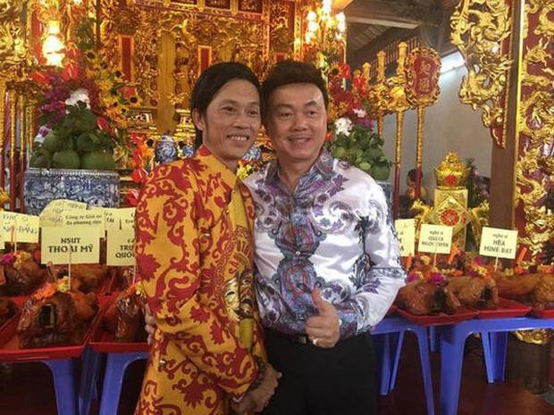 Lâm Vỹ Dạ, Phạm Quỳnh Anh và dàn sao tụ họp tại đền thờ tổ 100 tỷ đồng của NS Hoài Linh, chia sẻ gây xúc động về cố NS Chí Tài-7
