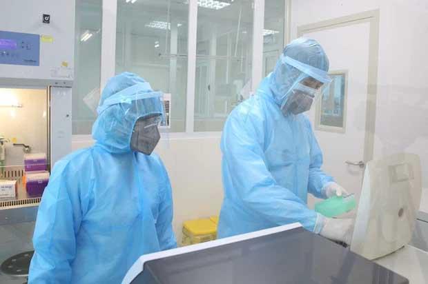 Cô gái khai báo gian dối khiến toàn bộ nhân viên y tế phải cách ly âm tính lần 1 với SARS-CoV-2-1