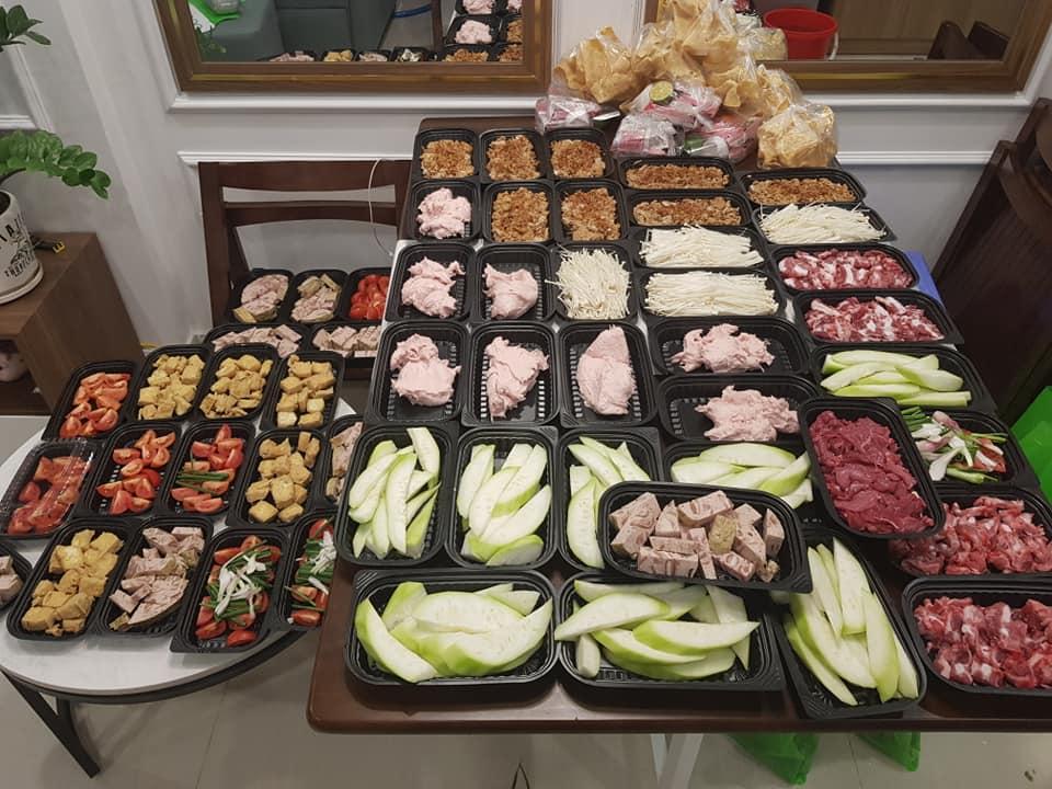Dịch vụ đặt mâm cỗ cúng ngày Rằm tháng Giêng nở rộ mùa dịch, nhà bếp phục vụ 50 mâm/ngày-12