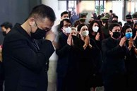 Bên trong lễ tang NSND Hoàng Dũng: Giới nghệ sĩ nghẹn ngào, mắt đỏ hoe trong giờ phút tiễn đưa linh cữu về nơi an nghỉ