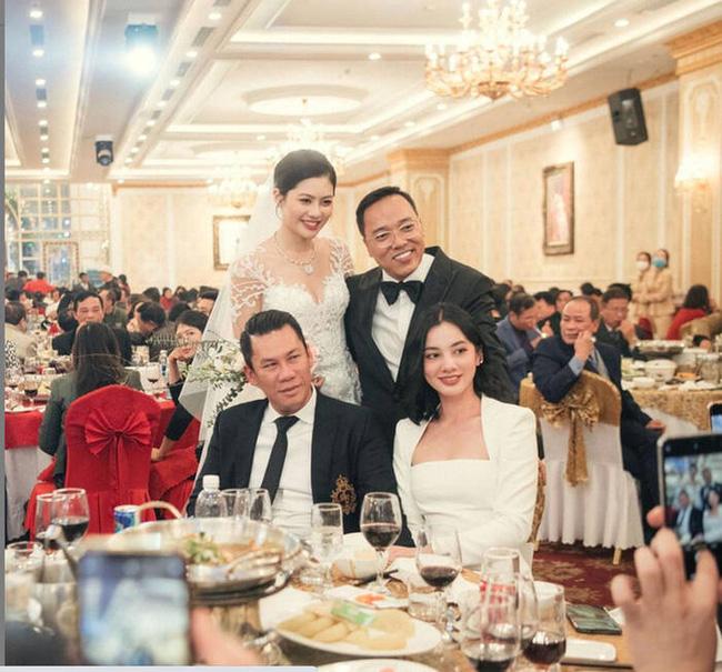 Lệ Quyên liên tục show ân ái với Lâm Bảo Châu, chồng cũ cũng không kém cạnh khi làm điều này với tình trẻ tin đồn kém 27 tuổi-4