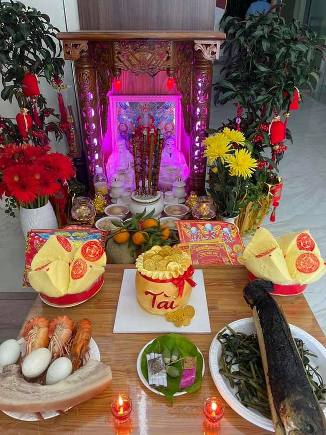 Sao Việt ồ ạt khoe mâm cúng hoành tráng ngày vía Thần Tài-5