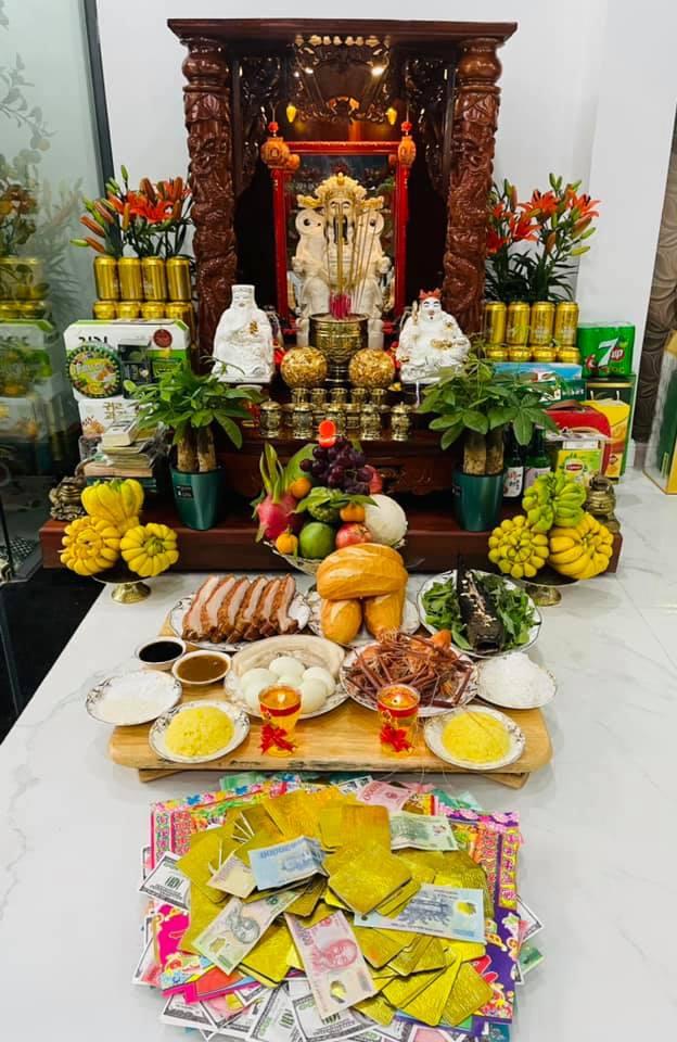 Sao Việt ồ ạt khoe mâm cúng hoành tráng ngày vía Thần Tài-7
