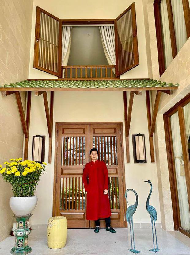 Quang Dũng sở hữu biệt thự 400m2 đẹp và sang như resort, nhà mới mua cũng có gu không kém-1