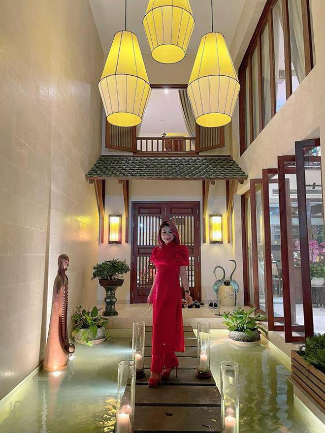 Quang Dũng sở hữu biệt thự 400m2 đẹp và sang như resort, nhà mới mua cũng có gu không kém-3