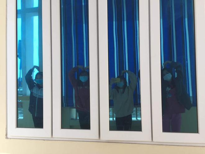 Lớp cấp 3 tại Hải Dương đón Tết trong khu cách ly: Đêm 30, nhiều bạn mếu máo nhớ nhà nhưng rồi mọi chuyện cũng sẽ qua!-14