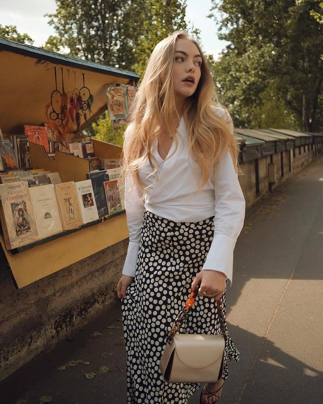 Chỉ bằng cách học 10 công thức diện chân váy chuẩn sang xịn của gái Pháp, style của bạn sẽ lên một tầm cao mới-1