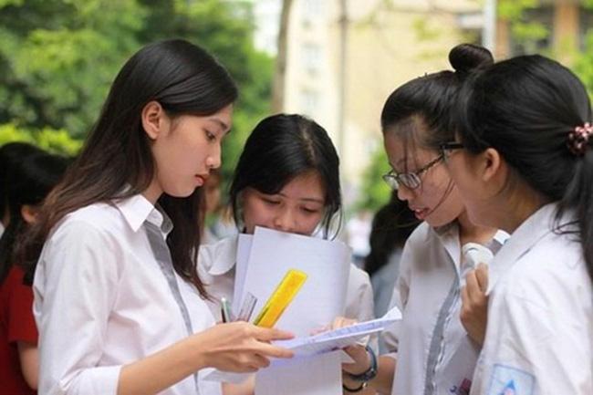 Phụ huynh Hà Nội lo lắng về quy định thay đổi khu vực tuyển sinh lớp 10: Thêm 2 phương án mới cho học sinh lựa chọn khi đăng ký nguyện vọng-2