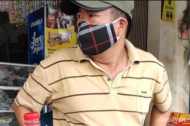 Án mạng 3 người chết trong quán karaoke: Sau khi tự tử bất thành, nghi phạm còn cố giằng vô lăng của tài xế, định đâm vào xe khác trên đường đi cấp cứu-2