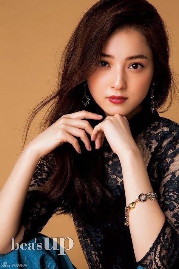 Ngoại tình 182 người, chồng sao Nhật đẹp nhất bị đuổi khỏi showbiz, phải mưu sinh ở chợ cá?-3