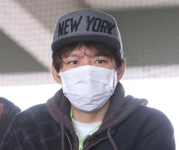 Ngoại tình 182 người, chồng sao Nhật đẹp nhất bị đuổi khỏi showbiz, phải mưu sinh ở chợ cá?-8