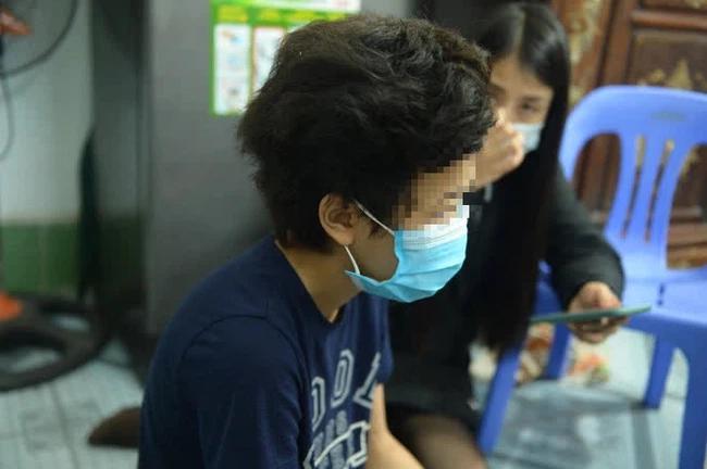 Người mẹ bạo hành con gái 12 tuổi ở Hà Nội qua lời kể hàng xóm: Thường xuyên đánh đập, dán băng dính vào miệng con, nhà là nơi tụ tập nhiều thành phần bất hảo-2