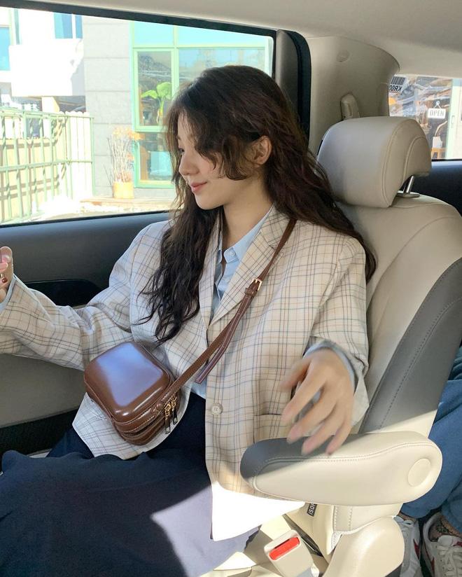 """Trời xuân ấm áp, diện sơ mi theo 5 công thức ruột"""" của gái Hàn là đảm bảo vừa xinh, vừa sang hết ý-7"""