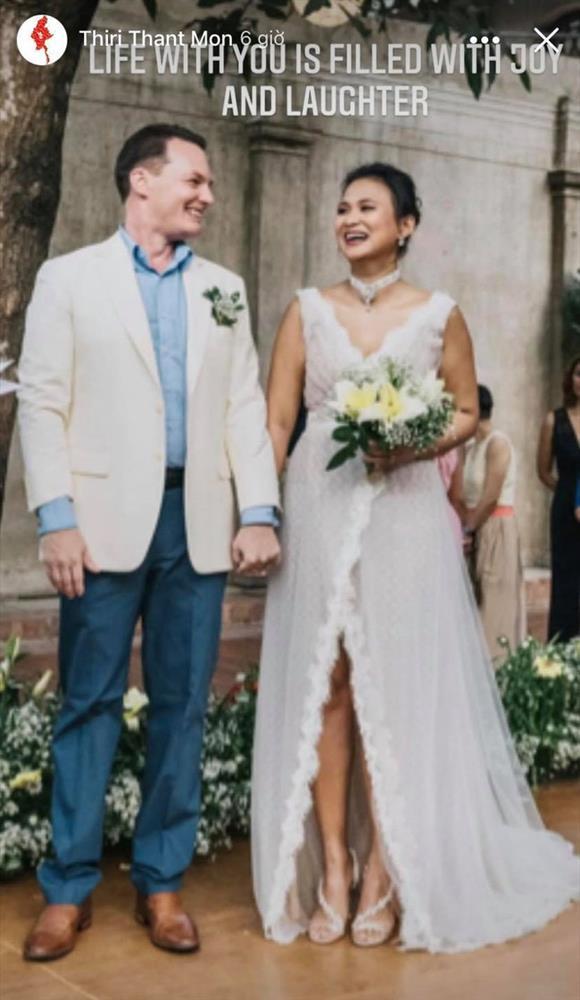Chồng cũ Hồng Nhung và vợ đại gia kỷ niệm ngày cưới bằng loạt ảnh tình tứ-2