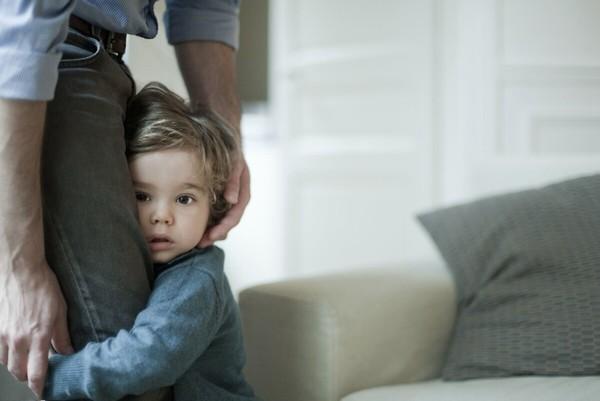 Con thiếu tự tin: Nếu cha mẹ phớt lờ, tương lai của bé có thể bị ảnh hưởng sâu sắc-4