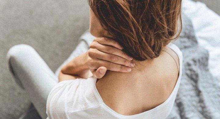 Nếu đau vai gáy đi kèm với những dấu hiệu kỳ lạ này, bạn cần đi khám lập tức 3 loại ung thư nguy hiểm-2