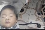 Nghịch ngợm cắm thìa kim loại vào trong ổ điện, bé trai 2 tuổi bị điện giật tử vong