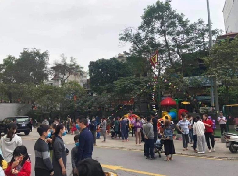Hà Nội: Cháy chung cư Mipec Long Biên, người dân hốt hoảng tháo chạy-2