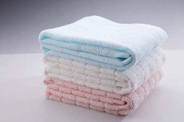 Khăn tắm, tất, gối, nệm... bao lâu thì thay một lần? Đây là câu trả lời chuẩn xác nhất-5